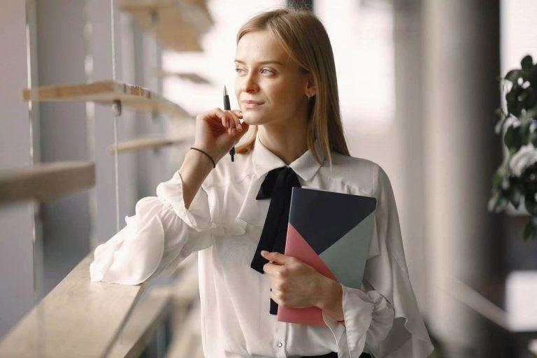 Top 13 Benefits of Hiring an Interior Designer